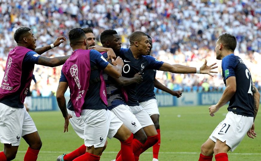 epa06852235 Kylian Mbappe of France (2-R) celebrates with teammates scoring the 4-2 goal during the FIFA World Cup 2018 round of 16 soccer match between France and Argentina in Kazan, Russia, 30 June 2018.