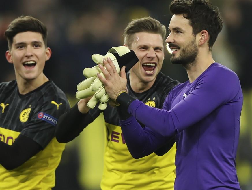 BVB: Fans und Teamkollegen reagieren auf Roman Bürkis Leistung gegen Prag