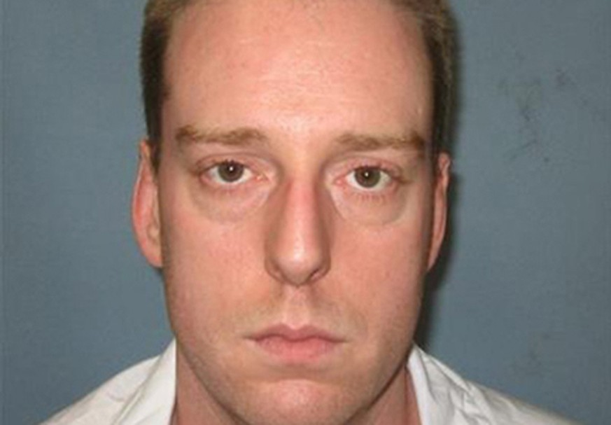 Death row inmate Ronald Bert Smith Jr., scheduled to be executed December 7, 2016, is seen in an undated picture released by the Alabama Department of Corrections in Montgomery, Alabama, U.S.   Alabama Department of Corrections/Handout via REUTERS ATTENTION EDITORS - THIS IMAGE WAS PROVIDED BY A THIRD PARTY. EDITORIAL USE ONLY