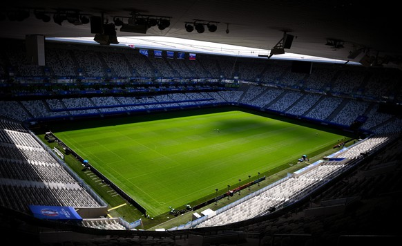 epa05351414 Interior view of the Stade de Bordeaux in Bordeaux, France, 08 June 2016. The UEFA EURO 2016 soccer championship takes place from 10 June to 10 July 2016 in France.  EPA/VASSIL DONEV