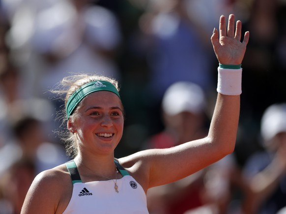 epa06016972 Jelena Ostapenko of Latvia reacts after winning against Timea Bacsinszky of Switzerland during their women's singles semi final match during the French Open tennis tournament at Roland Garros in Paris, France, 08 June 2017.  EPA/IAN LANGSDON