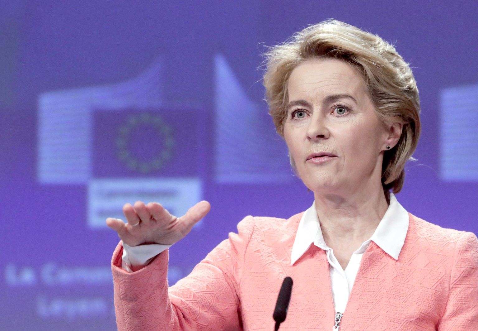 epa07832173 European Commission President-elect Ursula von der Leyen holds a press conference announcing her future team, at the European Commission in Brussels, Belgium, 10 September 2019. Von der Leyen, who will assume office on 01 November 2019, made public the assignments of all the portfolios to the Commissioners-designate (2019-2024).  EPA/OLIVIER HOSLET
