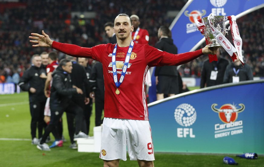 Britain Soccer Football - Southampton v Manchester United - EFL Cup Final - Wembley Stadium - 26/2/17 Manchester United's Zlatan Ibrahimovic celebrates with the trophy Action Images via Reuters / Carl Recine Livepic EDITORIAL USE ONLY. No use with unauthorized audio, video, data, fixture lists, club/league logos or