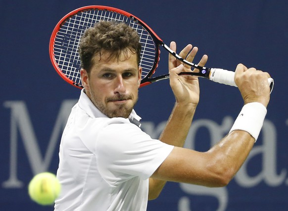Robin Haase, of Netherlands, prepares for a return during his second round match against Richard Gasquet, of France, at the U.S. Open Tennis tournament in New York, Thursday, Sept. 3, 2015. Haase lost to Gasquet in four sets 4-6, 6-3, 7-6 (4), 6-4. (AP Photo/Kathy Willens)