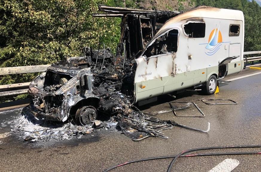 Wohnmobil abgebrannt: Verkehr staut sich vor dem Gotthard