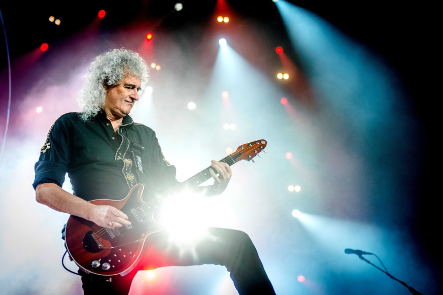 epa06082521 (FILE) British guitarist Brian May performs during a concert of the band 'Queen + Adam Lambert' at the Ziggo Dome in Amsterdam, Netherlands, 30 January 2015 (reissued 12 July 2017). Brian May will celebrate his 70th birthday on 19 July 2017.  EPA/FERDY DAMMAN