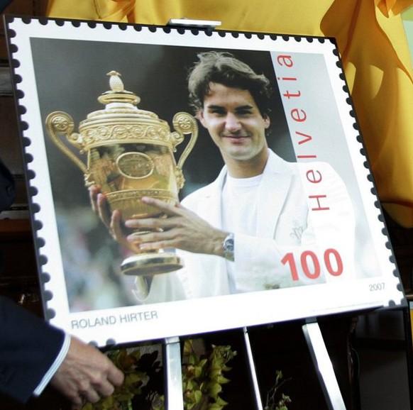 2007 widmet die Schweizer Post Roger Federer eine Briefmarke – noch nie zuvor kam diese Ehre einer lebenden Person zuteil.