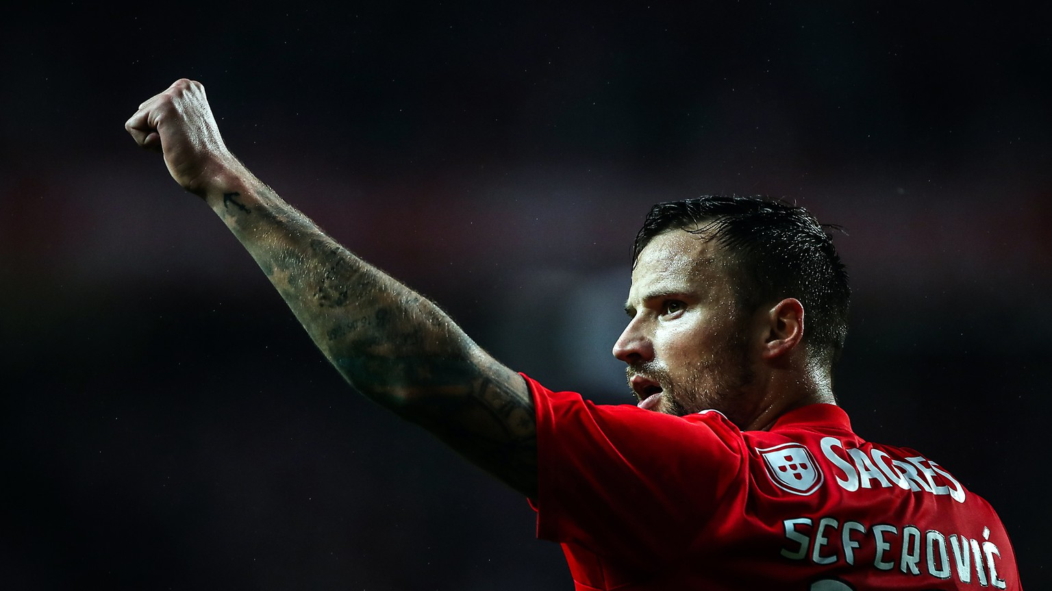 epa07359802 Benfica's Haris Seferovic celebrates after scoring during the Portuguese First League soccer match between Benfica vs Nacional held at Luz Stadium in Lisbon, Portugal, 10 February 2019.  EPA/MARIO CRUZ