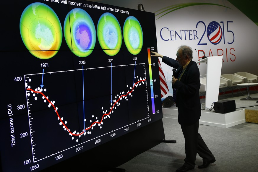 U.S.  Associate Director for Research of the Earth Science Division (ESD) within NASA's Science Mission Directorate (SMD) Jack Kaye delivers a conference about evolution of the Ozone hole on the Antarctic at the U.S. Pavillon during the COP21, United Nations Climate Change Conference, in Le Bourget, outside Paris, Tuesday, Dec. 1, 2015. (AP Photo/Francois Mori)