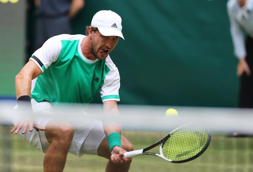 Federer in Halle im Eiltempo ins Halbfinale
