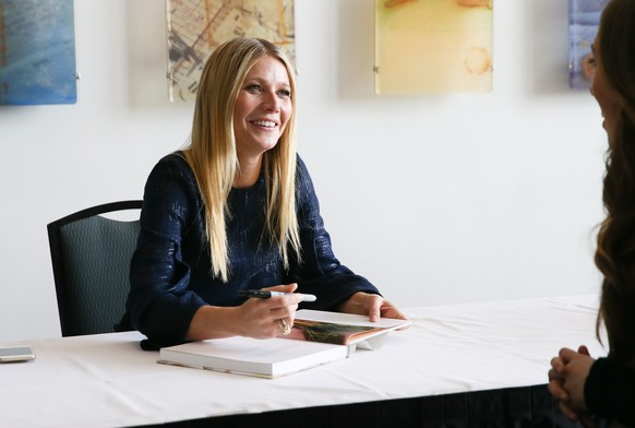NASHVILLE, TN - FEBRUARY 12:  Gwyneth Paltrow signs her book 'It's all Good' during the the 2016 Antiques And Garden Show Of Nashville at Music City Center on February 12, 2016 in Nashville, Tennessee.  (Photo by Terry Wyatt/Getty Images)