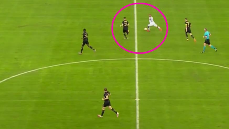 Rangers-Roofe trifft von der Mittellinie! PSV verliert trotz Götze-Tor