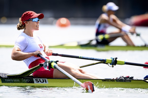 epa09359013 Swiss rower Jeannine Gmelin competes in the women's rowing single sculls heat at the 2020 Tokyo Summer Olympics in Tokyo, Japan, 23 July 2021.  EPA/LAURENT GILLIERON EDITORIAL USE ONLY
