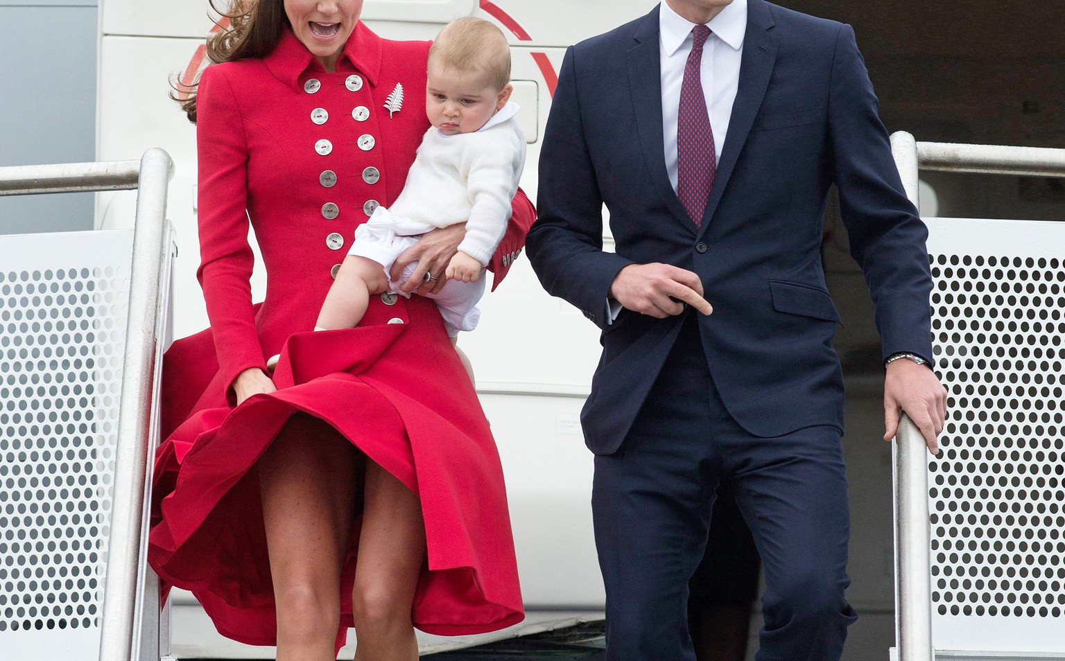 Mandatory Credit: Photo by REX (3686800d)