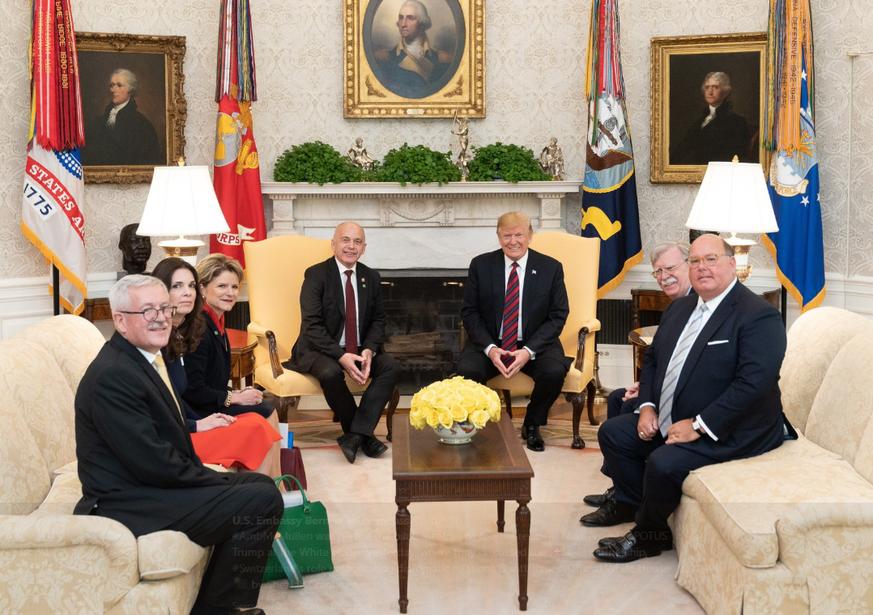 Bilder: Ueli Maurer trifft Trump im Oval Office