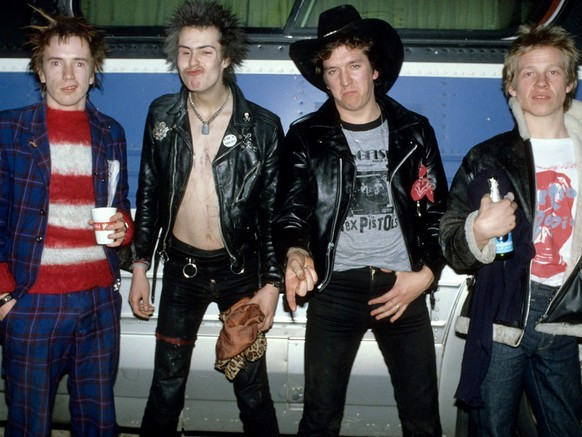the sex pistols johnny rotten lydon sid vicious steve jones paul cook punk rock musik