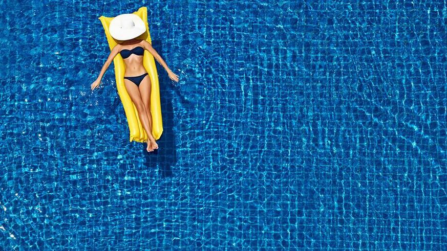 Corona-Sommer sorgt für Swimmingpool-Boom in der Schweiz