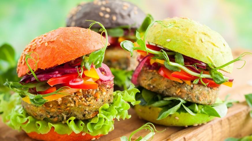 gesunde und vegetarische hamburger rezepte mit avocados chia und leinsamen watson. Black Bedroom Furniture Sets. Home Design Ideas