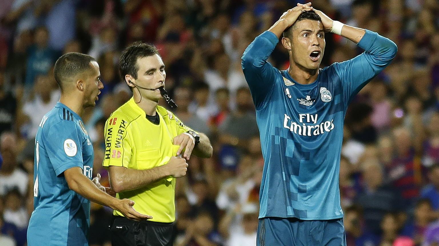 Ronaldo fliegt wegen Schwalbe vom Platz und schupft danach den Schiedsrichter