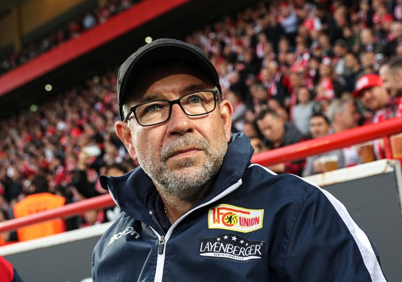 epa07606503 Union's coach Urs Fischer prior to the German Bundesliga relegation play-off second leg soccer match between 1. FC Union Berlin and VfB Stuttgart, in Berlin, Germany, 27 May 2019.  EPA/FELIPE TRUEBA CONDITIONS - ATTENTION: The DFL regulations prohibit any use of photographs as image sequences and/or quasi-video