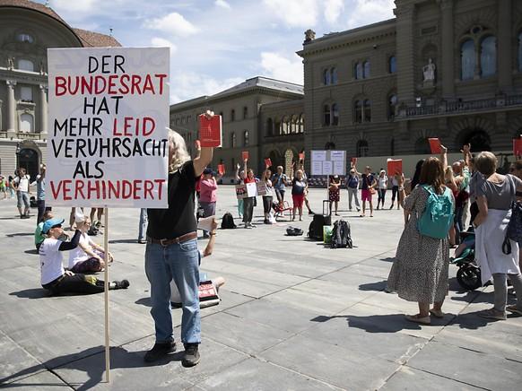 """Der """"Verein Freunde der Verfassung"""" hat am Dienstag die Unterschriftensammlung f"""
