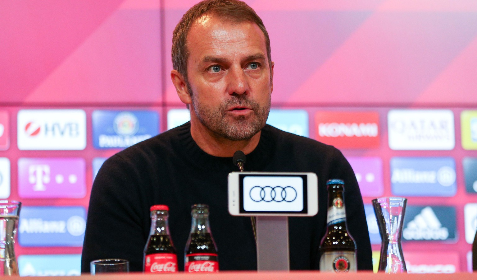 Interimstrainer Hans-Dieter Flick FC Bayern Muenchen bei der Pressekonferenz, FC Bayern Muenchen vs. Borussia Dortmund, 1.Bundesliga, 09.11.2019, DFB regulations prohibit any use of photographs as image sequences and/or quasi-video Muenchen Bayern Deutschland *** Interim coach Hans Dieter Flick FC Bayern Muenchen at the press conference, FC Bayern Muenchen vs. Borussia Dortmund, 1 Bundesliga, 09 11 2019, DFB regulations prohibit any use of photographs as image sequences and or quasi video Muenchen Bayern Germany Copyright: xkolbert-press/ChristianxKolbertx