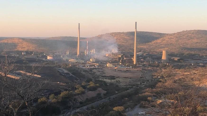 Schweizer Firma bezieht Kupfer von giftiger Schmelzerei in Namibia – mit tödlichen Folgen
