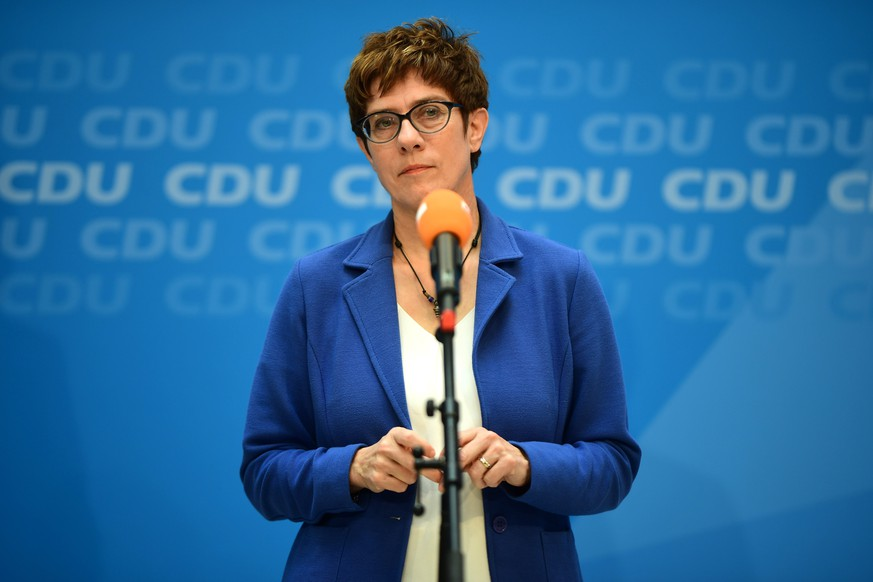 epa07695062 Christian Democratic Union (CDU) party chairwoman Annegret Kramp-Karrenbauer during a media statement with former Austrian Chancellor and leader of the Austrian People?s Party Sebastian Kurz after a meeting at the Christian Democrats (CDU) head quarter, the Konrad-Adenauer-Haus, in Berlin, Germany, 04 July 2019. Christian Democratic Union (CDU) party chairwoman Annegret Kramp-Karrenbauer and former Austrian Chancellor and leader of the Austrian People's Party Sebastian Kurz met for a talk.  EPA/CLEMENS BILAN