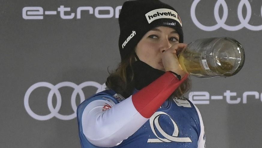28 99 593 Michelle Gisin S Historic Slalom Win In 9 Numbers De24 News English