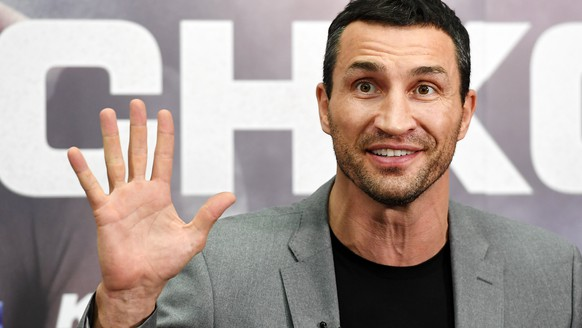 epa06122399 (FILE) - Former world heavyweight champion Wladimir Klitschko of Ukraine reacts during a press conference at Wembley Stadium in London, Britain, 14 December 2016. Media reports on 03 August 2017 state that Wladimir Klitschko has retired from boxing after a carrer spanning the past 20 years which included 64 wins and five defeats.  EPA/ANDY RAIN *** Local Caption *** 53163774