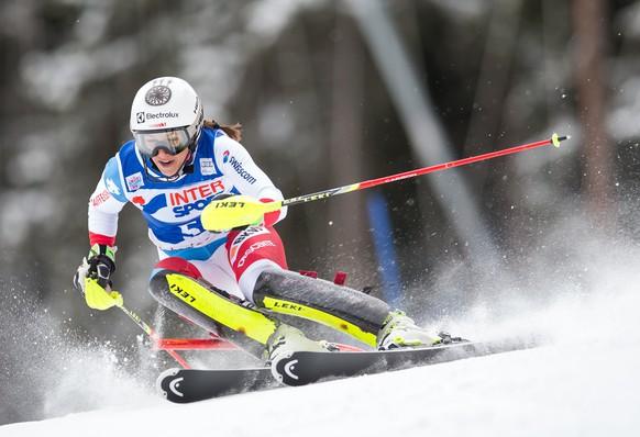05.01.2015; Santa Caterina; Ski alpin - Slalom Frauen; Wendy Holdener (SUI)(Johann Groder/Expa/freshfocus)