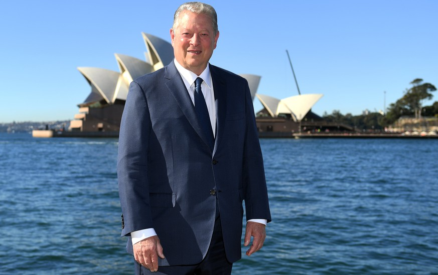epa06078562 Former US vice president Al Gore poses for a photograph in Sydney, New South Wales, Australia, 10 July 2017. Gore is in the country to promote the documentary 'An Inconvenient Sequel: Truth to Power.'  EPA/PAUL MILLER  AUSTRALIA AND NEW ZEALAND OUT