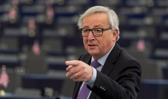 epa06442688 Jean-Claude Juncker, the President of the European Commission, delivers his speech at the European Parliament in Strasbourg, France, 16 January 2018, during the debate about the EU summit and Brexit. Media reports state that Juncker and European Council president Donald Tusk stressed that the EU's doors and hearts were open in case Britain might change its mind on leaving the European Union, dubbed the 'Brexit'.  EPA/PATRICK SEEGER