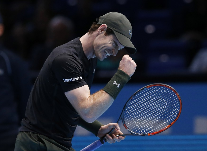 Britain Tennis - Barclays ATP World Tour Finals - O2 Arena, London - 16/11/16 Great Britain's Andy Murray celebrates winning his round robin match against Japan's Kei Nishikori  Action Images via Reuters / Paul Childs Livepic EDITORIAL USE ONLY.