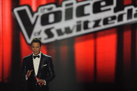 Moderator Sven Epiney am Finale von The Voice of Switzerland, am Samstag 16. Maerz 2013, in der Bodensee Arena in Kreuzlingen. (KEYSTONE/Maria Schmid)