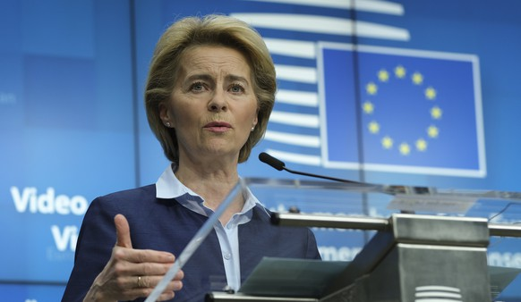 epa08380373 European Commission President Ursula Von Der Leyen speaks during a news conference after a video conferenced EU summit with  European heads of state and governments to discuss measures related to the COVID-19 disease, in Brussels, Belgium, 23 April 2020.  EPA/OLIVIER HOSLET / POOL