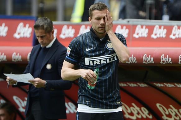 03.05.2015; Mailand; Fussball Serie A - Inter Mailand - Chievo Verona; Lukas Podolski (Inter) reagiert enttaeuscht (Giuseppe Celeste/Insidefoto/freshfocus)