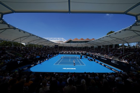 epa08145911 A general view during the first round match between John Millman of Australia and Ugo Humbert of France at the Australian Open tennis tournament at Melbourne Park in Melbourne, Australia, 21 January 2020.  EPA/DAVE HUNT EDITORIAL USE ONLY AUSTRALIA AND NEW ZEALAND OUT