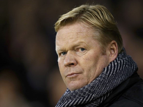 Southampton manager Ronald Koeman looks on before their English League Cup soccer match against Sheffield United at Bramall Lane in Sheffield, northern England, December 16, 2014. REUTERS/Andrew Yates (BRITAIN - Tags: SPORT SOCCER)