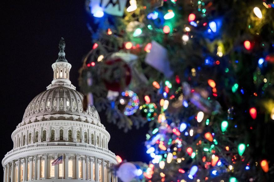 Drohender Shutdown: Kongress stimmt für Übergangshaushalt