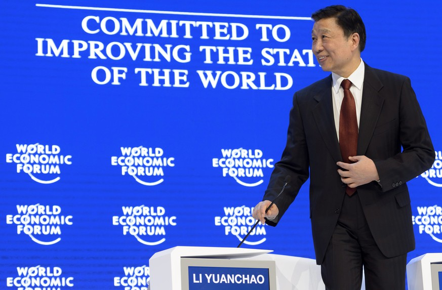 epa05116478 Chinese Vice President Li Yuanchao at the 46th Annual Meeting of the World Economic Forum, WEF, in Davos, Switzerland, 21 January 2016. The overarching theme of the meeting, which is expected to gather some 2,500 leading politicians, UN executives, heads of major corporations, NGO leaders and artists at the annual four-day gathering taking place from 20 to 23 January, is 'Mastering the Fourth Industrial Revolution'.  EPA/LAURENT GILLIERON