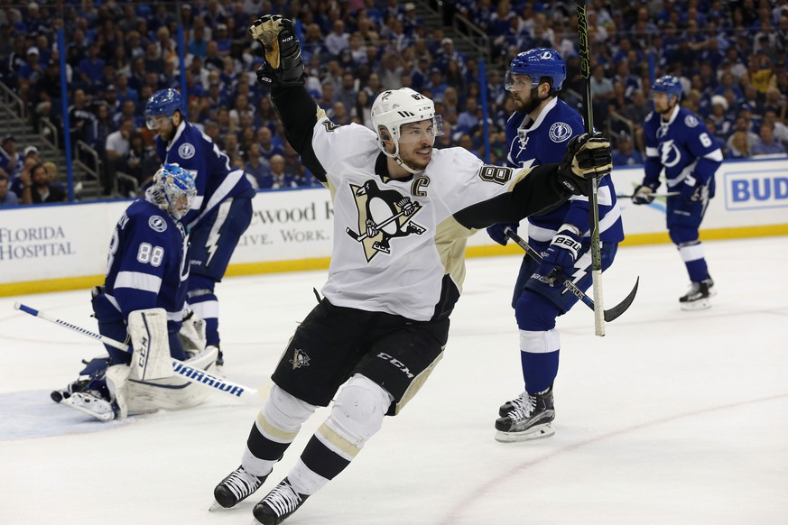 May 24, 2016; Tampa, FL, USA; Pittsburgh Penguins center Sidney Crosby (87) reacts as he scores a goal against the Tampa Bay Lightning during the second period of game six of the Eastern Conference Final of the 2016 Stanley Cup Playoffs at Amalie Arena. Mandatory Credit: Kim Klement-USA TODAY Sports