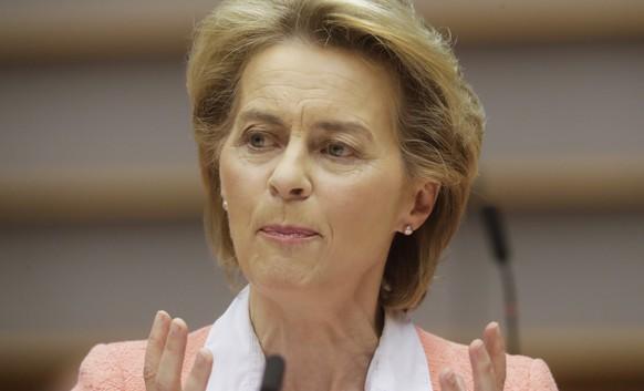 epa08490705 European Commission President Ursula Von Der Leyen during a plenary session of the European Parliament in Brussels, Belgium, 17 June  2020.  EPA/OLIVIER HOSLET