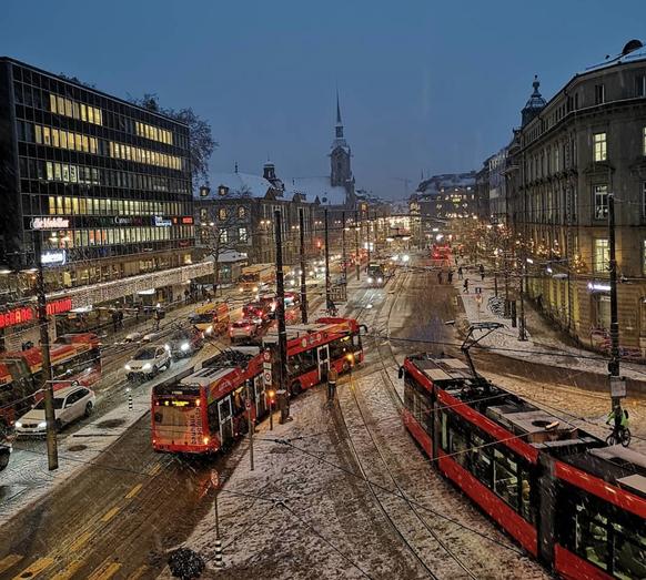 Schnee, heftiger Wind und glatte Strassen – heute wird das Wetter winterlich