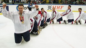 Slovakia's captain Miroslav Satan, from the Buffalo Sabres, leads his team in a conga line as they celebrate after defeating Russia 4-3  in the gold medal game at the World Hockey Championships in Goteborg, Sweden Saturday, May 11, 2002. (AP PHOTO/Ryan Remiorz, CP)