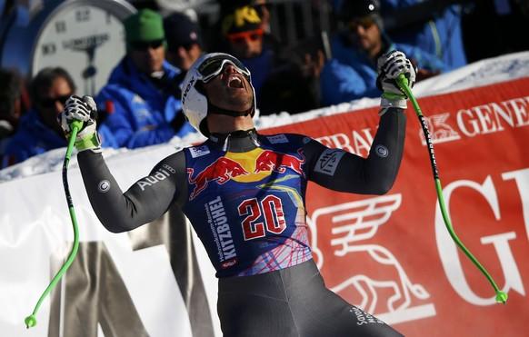 Alpine Skiing - FIS Alpine Skiing World Cup - Men's Downhill Race - Kitzbuehel, Austria - 21/01/17 - Johan Clarey of France reacts at the finish line. REUTERS/Leonhard Foeger