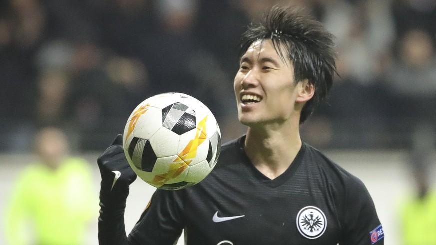 Europa League: Eintracht Frankfurts Daichi Kamada schiesst Salzburg mit einem Hattrick ab