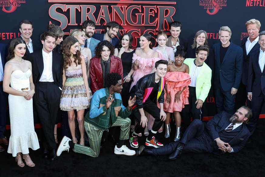 epa07681564 'Stranger Things' cast pose for photos on the red carpet prior to the premiere of 'Stranger Things: Season 3' in Santa Monica, California, USA, 28 June 2019. The television show will be released on 04 July 2019.  EPA/ETIENNE LAURENT