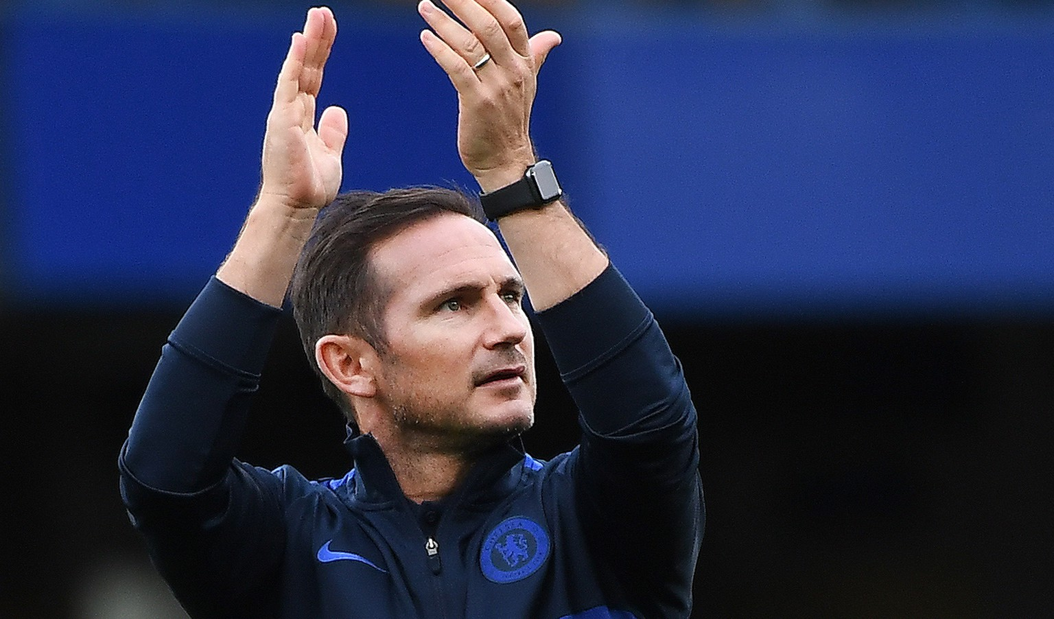 epa08963845 (FILE) - epa07877142 Chelsea manager Frank Lampard acknowledges the Chelsea fans following his teams 2-0 win over Brighton in an English Premier League soccer match at Stamford Bridge in London, Britain, 28 September 2019 (reissued on 25 January 2021). On 25 January 2021 Chelsea announced the decision to sack Frank Lampard, who was appointed as manager on 04 July 2019.  EPA/ANDY RAIN EDITORIAL USE ONLY. No use with unauthorized audio, video, data, fixture lists, club/league logos or 'live' services. Online in-match use limited to 120 images, no video emulation. No use in betting, games or single club/league/player publications *** Local Caption *** 55503497