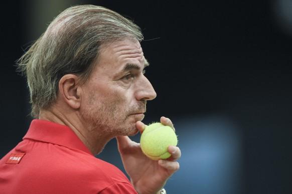 03.02.2016; Leipzig; Tennis Fed Cup - Deutschland - Schweiz; Training Schweiz; Heinz Guenthardt (SUI) (Andy Mueller/freshfocus)